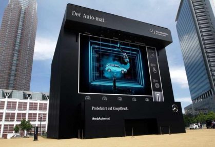 In cooperation with Ambrosius, NUSSLI has built an automat in XL format for the kick-off event in Frankfurt.