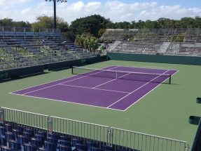 NUSSLI installed the training courts with a total of 7,500 seats on Key Biscayne. The NUSSLI crew brought the grandstand material to sunny Miami directly from wintry Vail/Beaver Cree