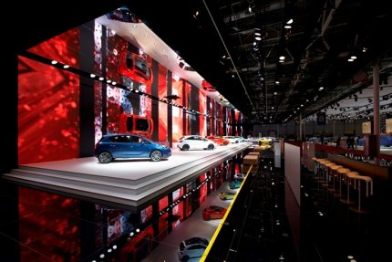 Ambrosius and NUSSLI's first collaborative project is an eye-catching and memorable exhibition stand: Opel at the 2014 Paris Motor Show