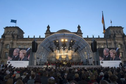 Round Arch Stage, Day of German Unity, Berlin 2010
