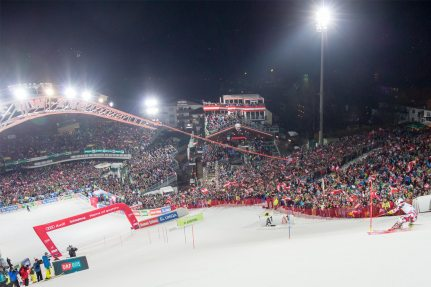 For the night race in Schladming NUSSLI constructed grandstands with space for 6000 people.