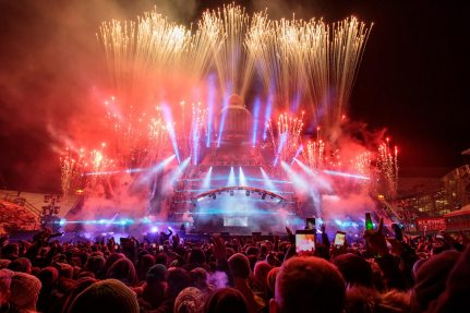 with the light, pyrotechnic and laser shows, truly made the stage shine