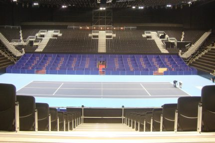 NUSSLI is in charge of the temporary additional grandstands in the St. Jakobshalle for the 30th time this year.