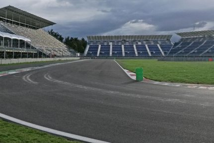 Because of the sophisticated seating concept from NUSSLI 12'960 spectators are going to be able to follow the Formula 1